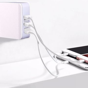 3-Port USB Quick Charge